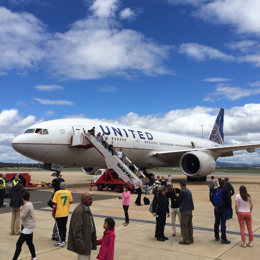 United_863_in_Canberra_1